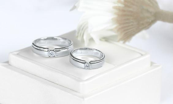 Bagaimana Cara Memilih Cincin Nikah Berlian untuk Wanita