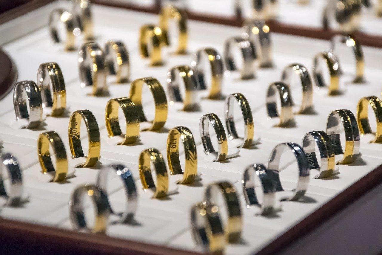 Cara Mengetahui Harga Cincin Emas Terbaik